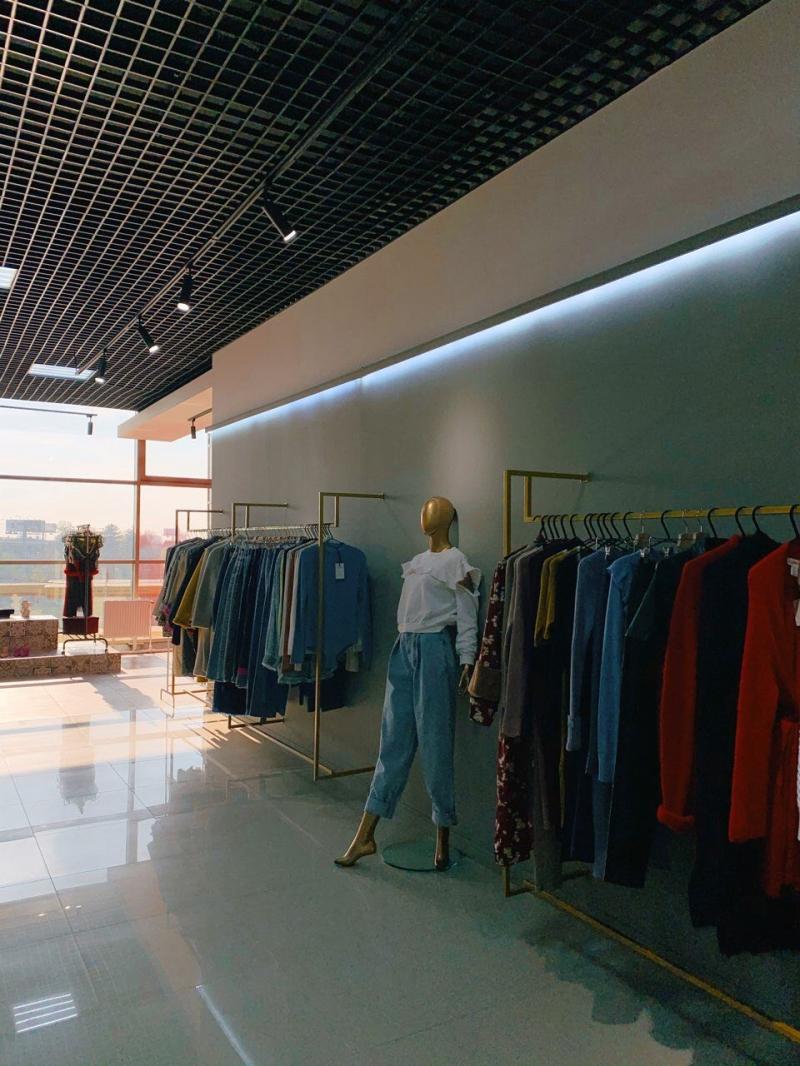 Продаётся бутик женской одежды в г. Краснодар