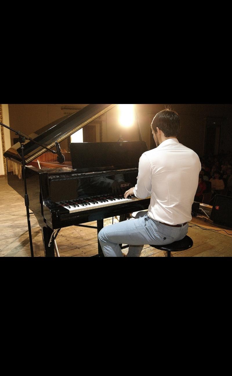 Уроки Фортепиано. Формат для людей, ценящих своё время и эффективность.
