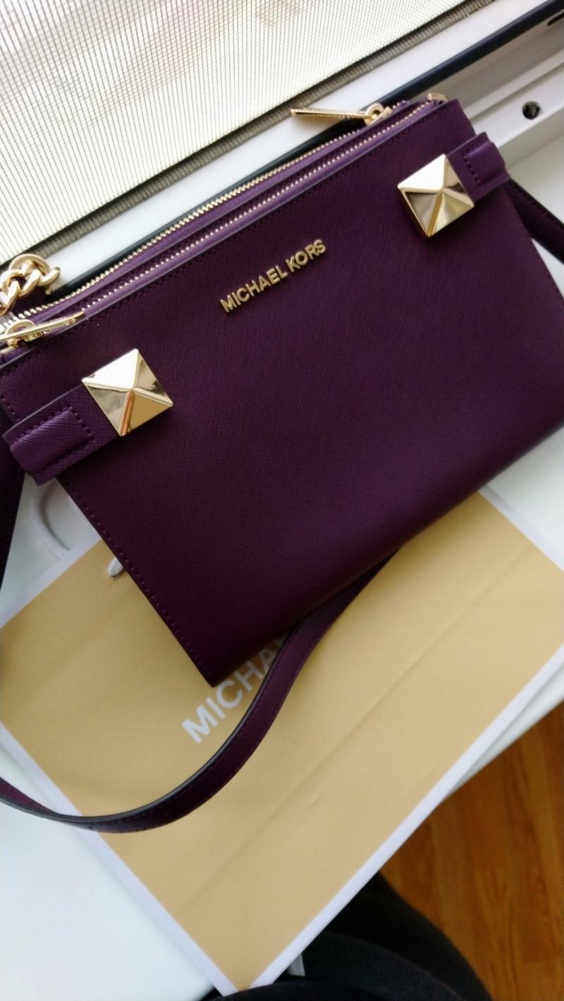 Сумка Michael Kors Karla Saffiano Leather