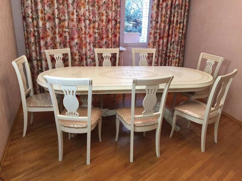 столы и стулья Pantalio