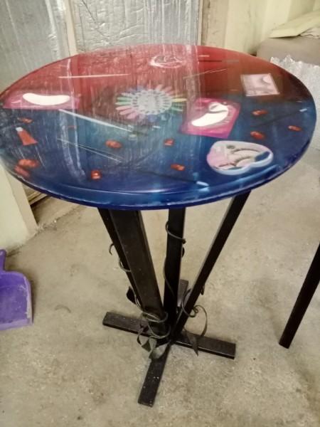 Эксклюзивные столы из дерева и эпоксидной смолы