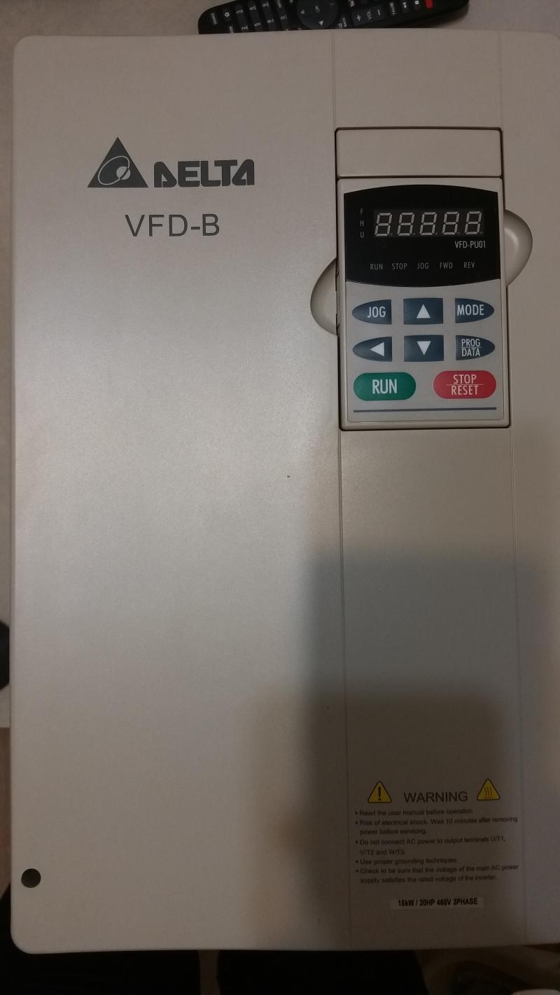 Универсальный преобразователь частоты Delta VFD-B